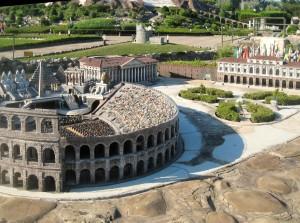 Arena_di_Verona_in_Italia_in_miniatura
